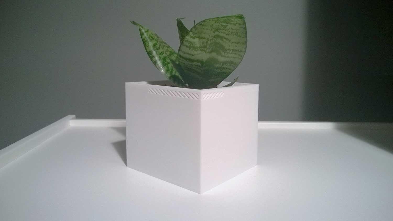 003f - Planter - Medium Cuboid -