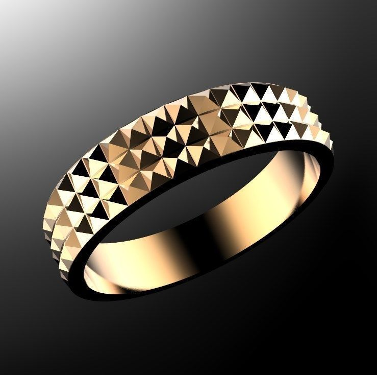 Ring with pyramids