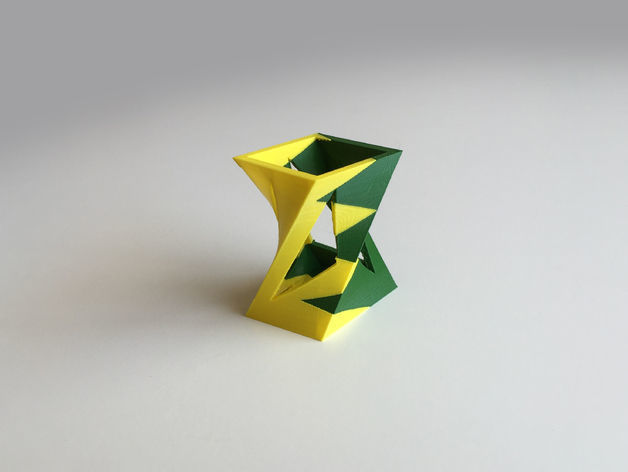 Twisted Box Vase Dual Extrusion - 2 Color