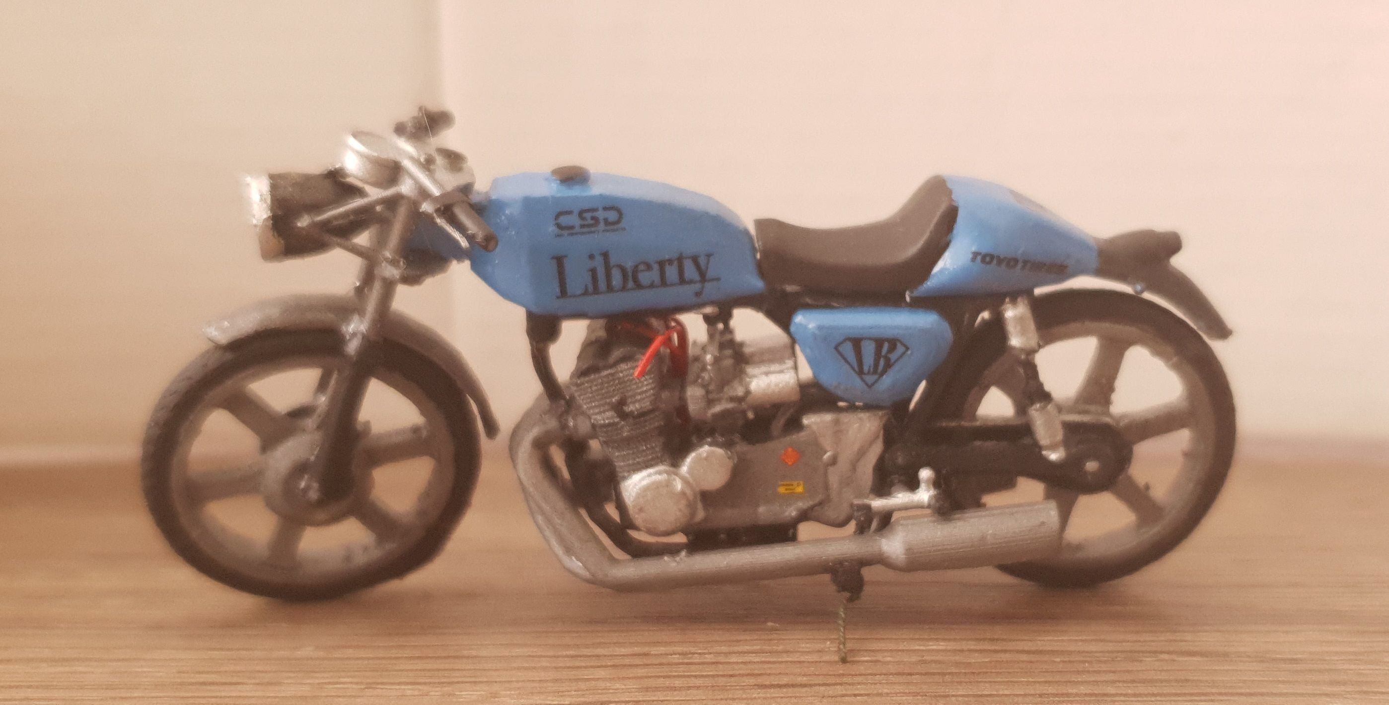 Cafe Racer 1to 24 scale