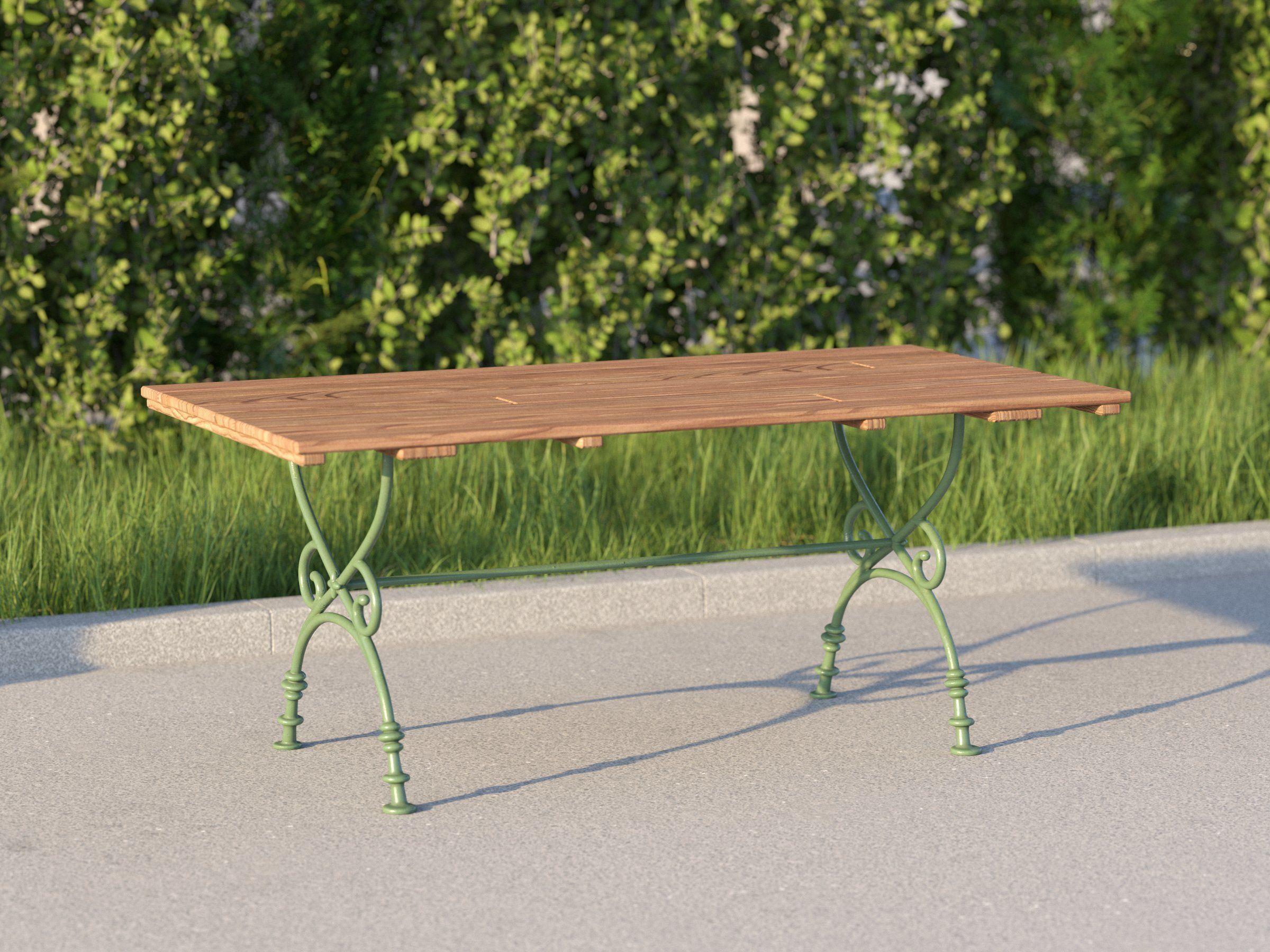 vienna public park table