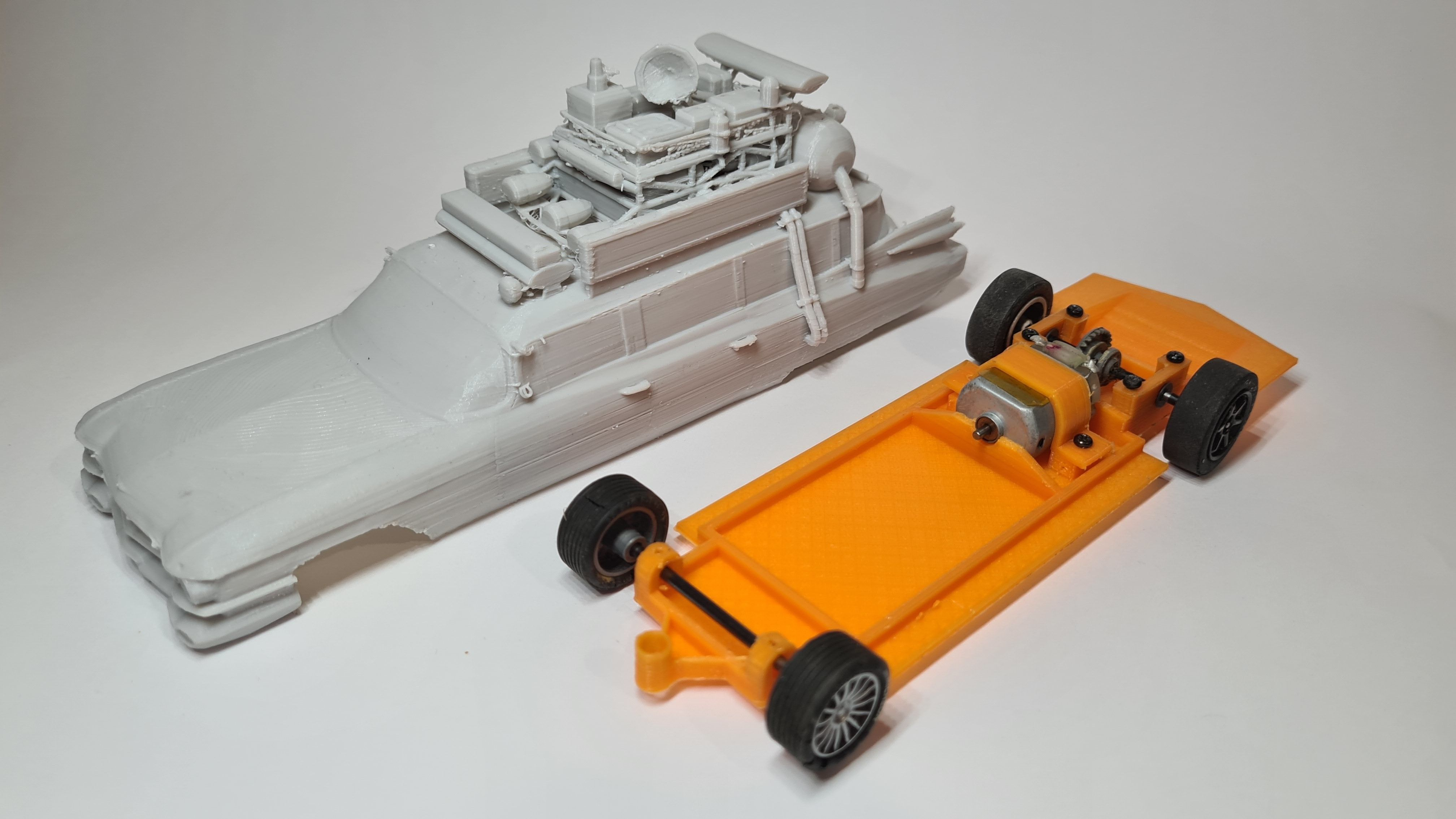 MILLER METEOR - ECTO-1 1959 GHOSTBUSTERS SLOT CAR CHASSIS