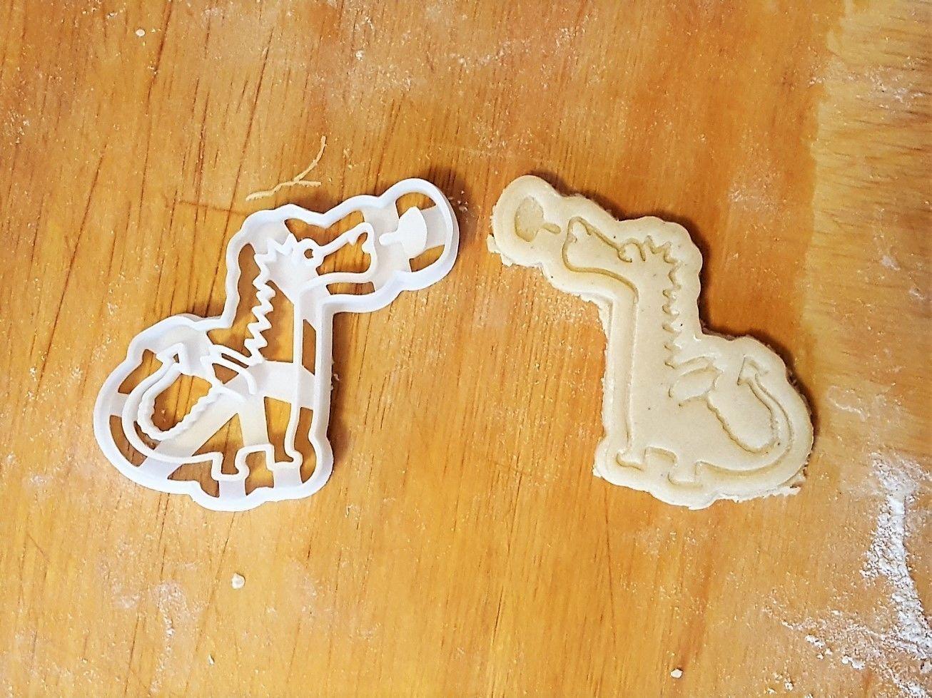 Dragon cookie cutter