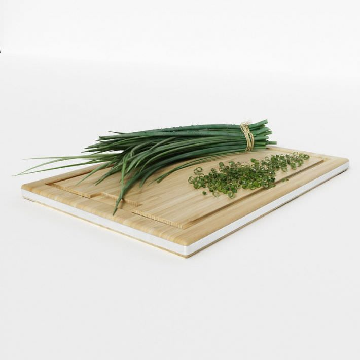 3D Model Chives On Wooden Cutting Board