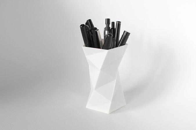 008a - pen holder - faceted -  3d model obj mtl fbx stl 1