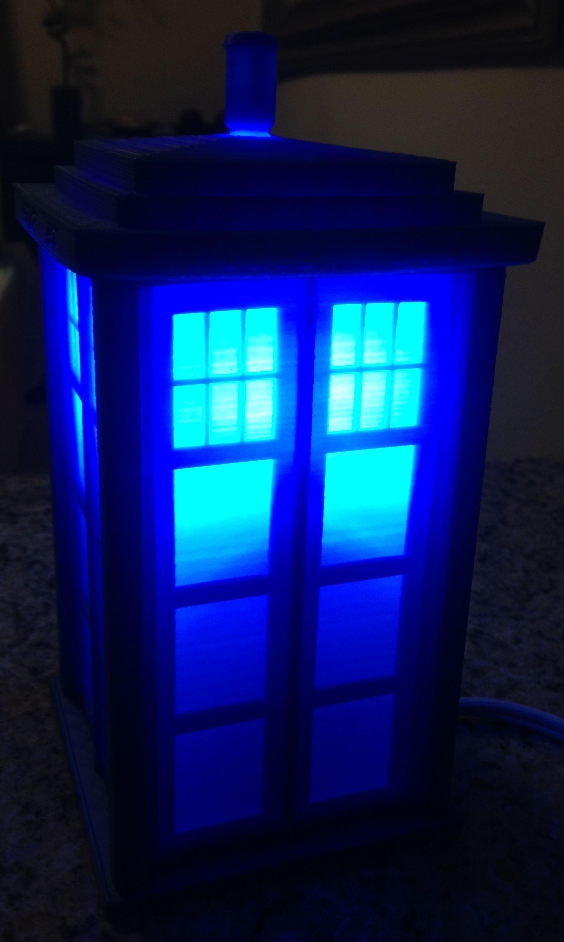 TARDIS Lamp or Circa 1960s London Police Call Box 3D model 3D ...